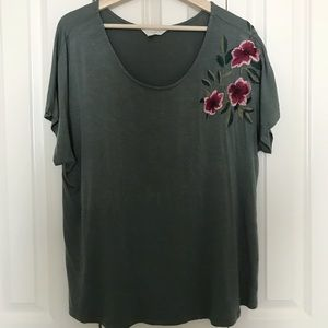Adiva green tee with shoulder flower embroidery
